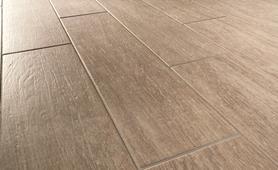 Habitat gres porcellanato effetto legno marazzi - Posare piastrelle su pavimento esistente ...