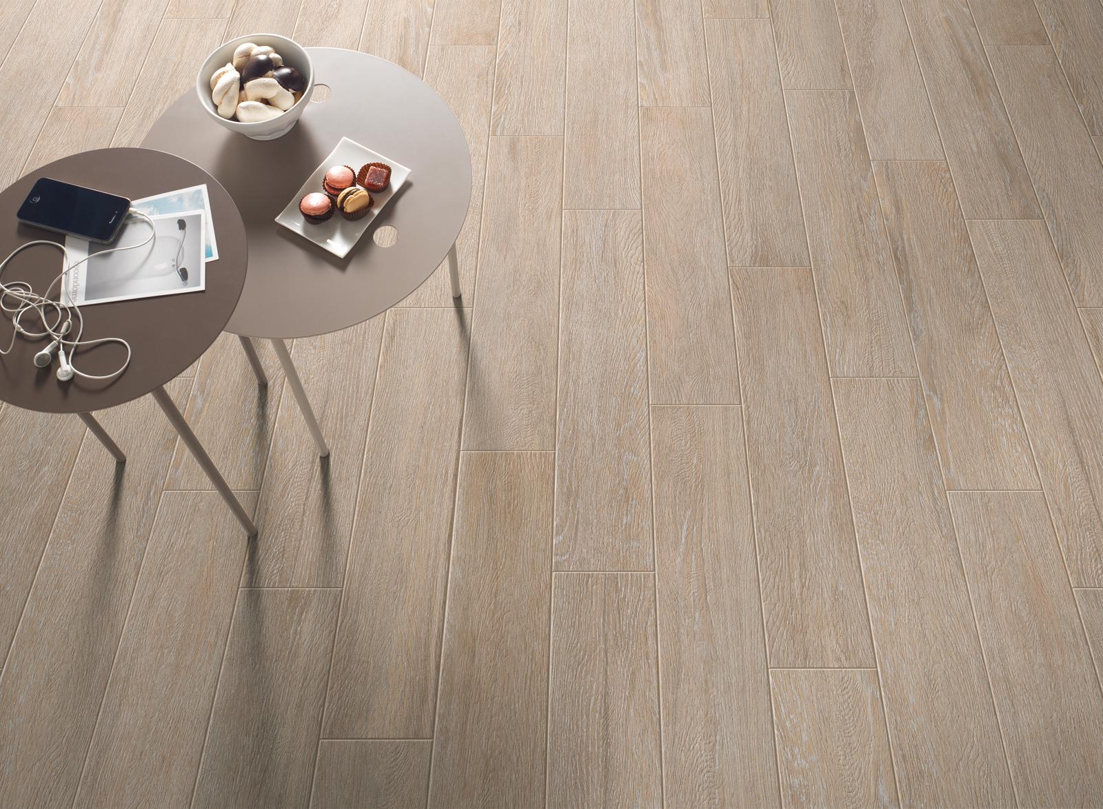 Pavimenti Effetto Legno Tortora : Pavimenti effetto legno color tortora vendita gres porcellanato