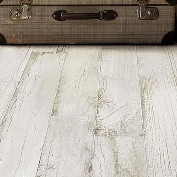 Pavimenti Finto Legno Chiaro.Gres Porcellanato Effetto Legno Colore Bianco Marazzi