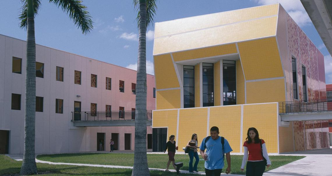 Paul L. Cejas School of Architecture a Miami