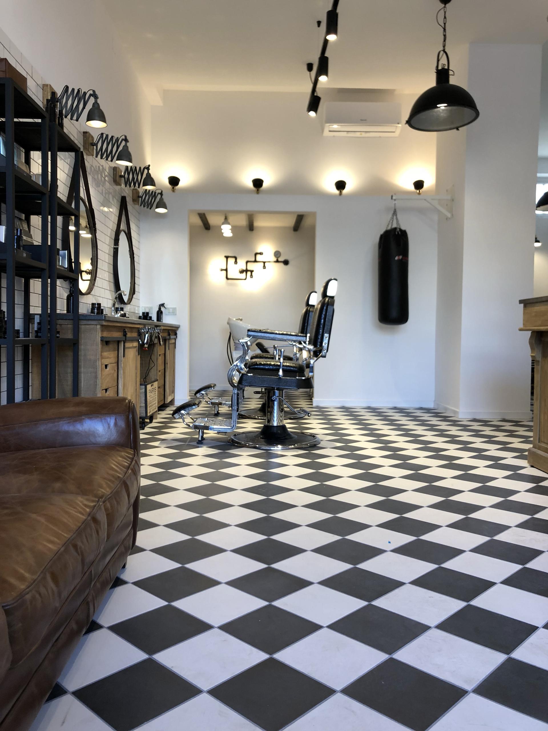 Piastrelle in stile vintage per il barbershop a taranto - Piastrelle vintage ...