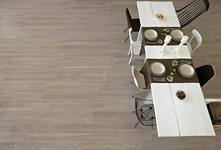 Treverk - fine porcelain stoneware with wood aspect