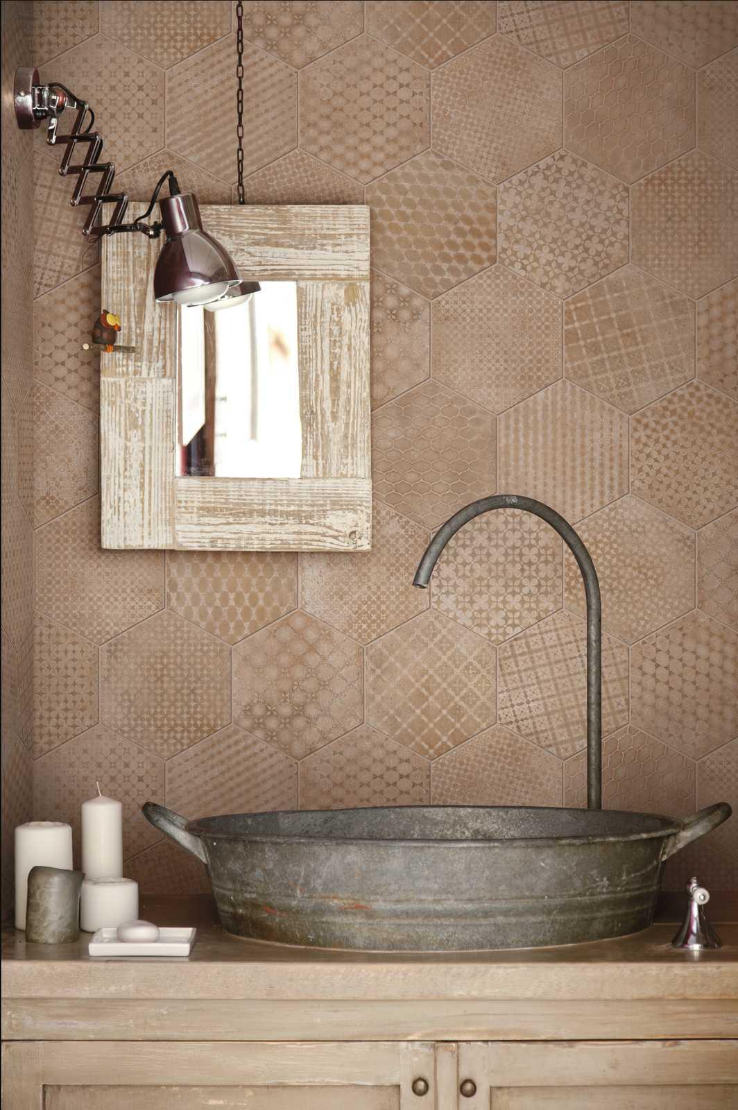 Mattonelle Per Bagno Ceramica E Gres Porcellanato