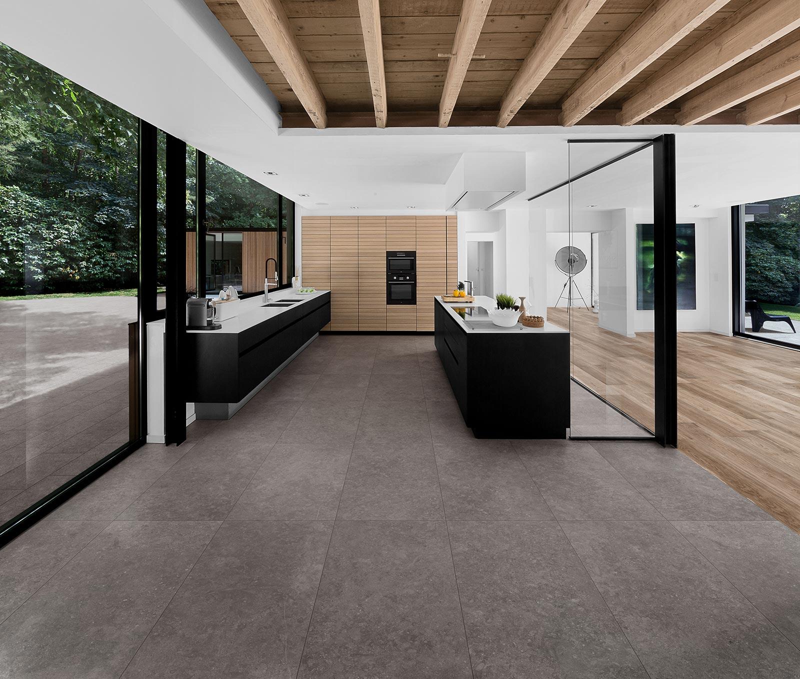 Gres porcellanato effetto pietra marazzi for Bluestone flooring interior