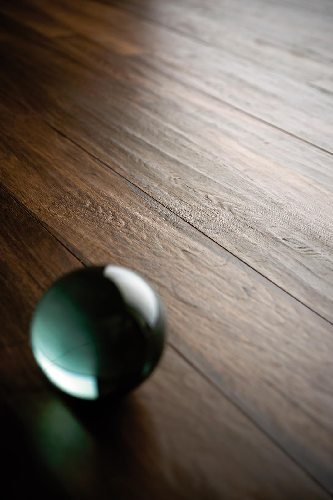 Treverkchic gres porcellanato effetto legno marazzi - Piastrelle gres effetto legno ...
