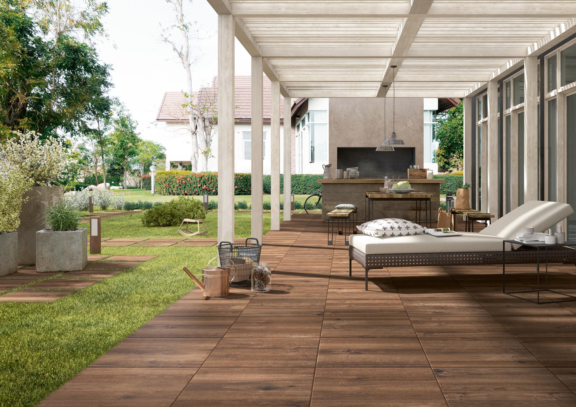Pavimenti per esterni piastrelle gres porcellanato marazzi - Piastrelle rivestimento esterno ...