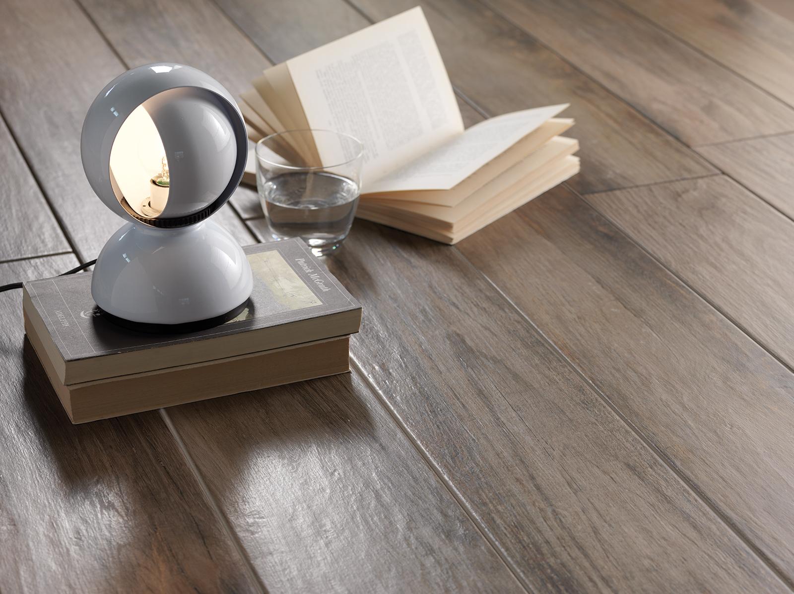 Treverkmood gres porcellanato effetto legno marazzi - Piastrelle bagno legno ...