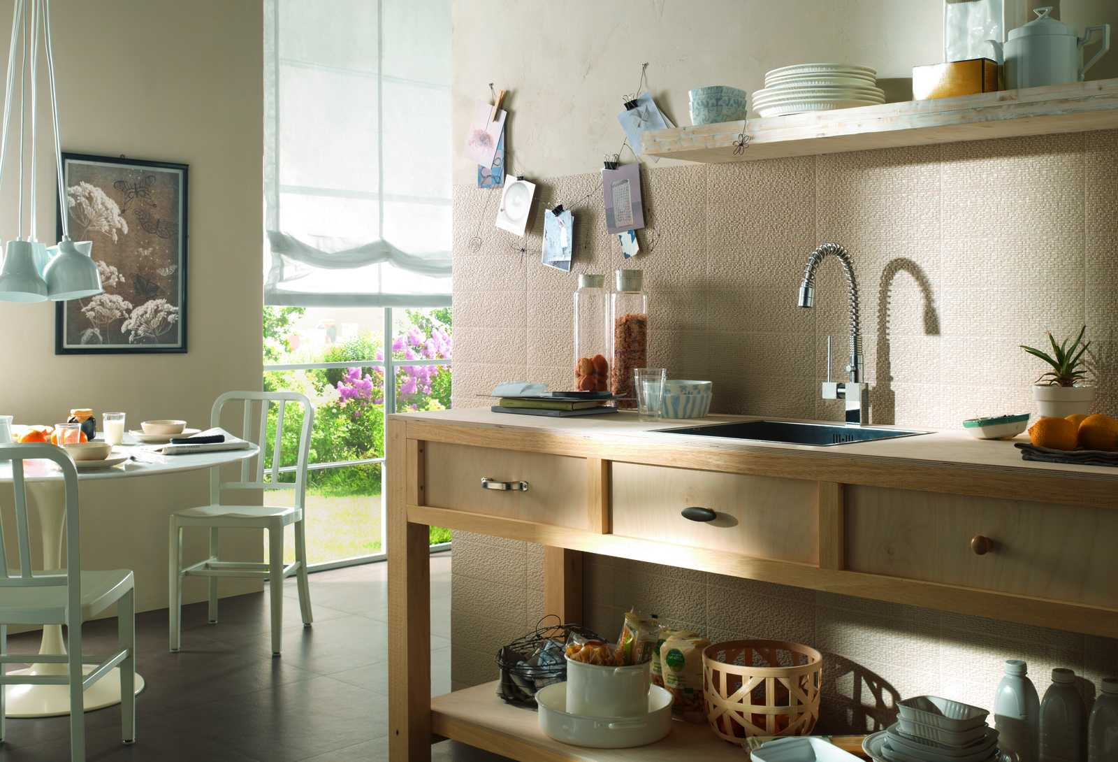 Piastrelle cucina idee in ceramica e gres marazzi - Mattonelle per cucina ...