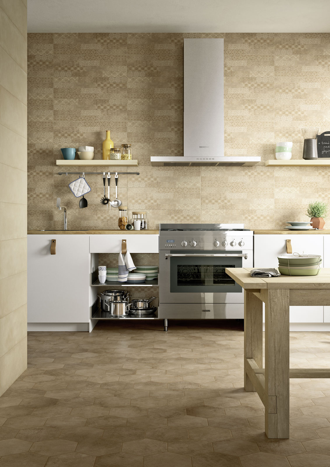 Piastrelle cucina idee in ceramica e gres marazzi - Mosaico rivestimento cucina ...