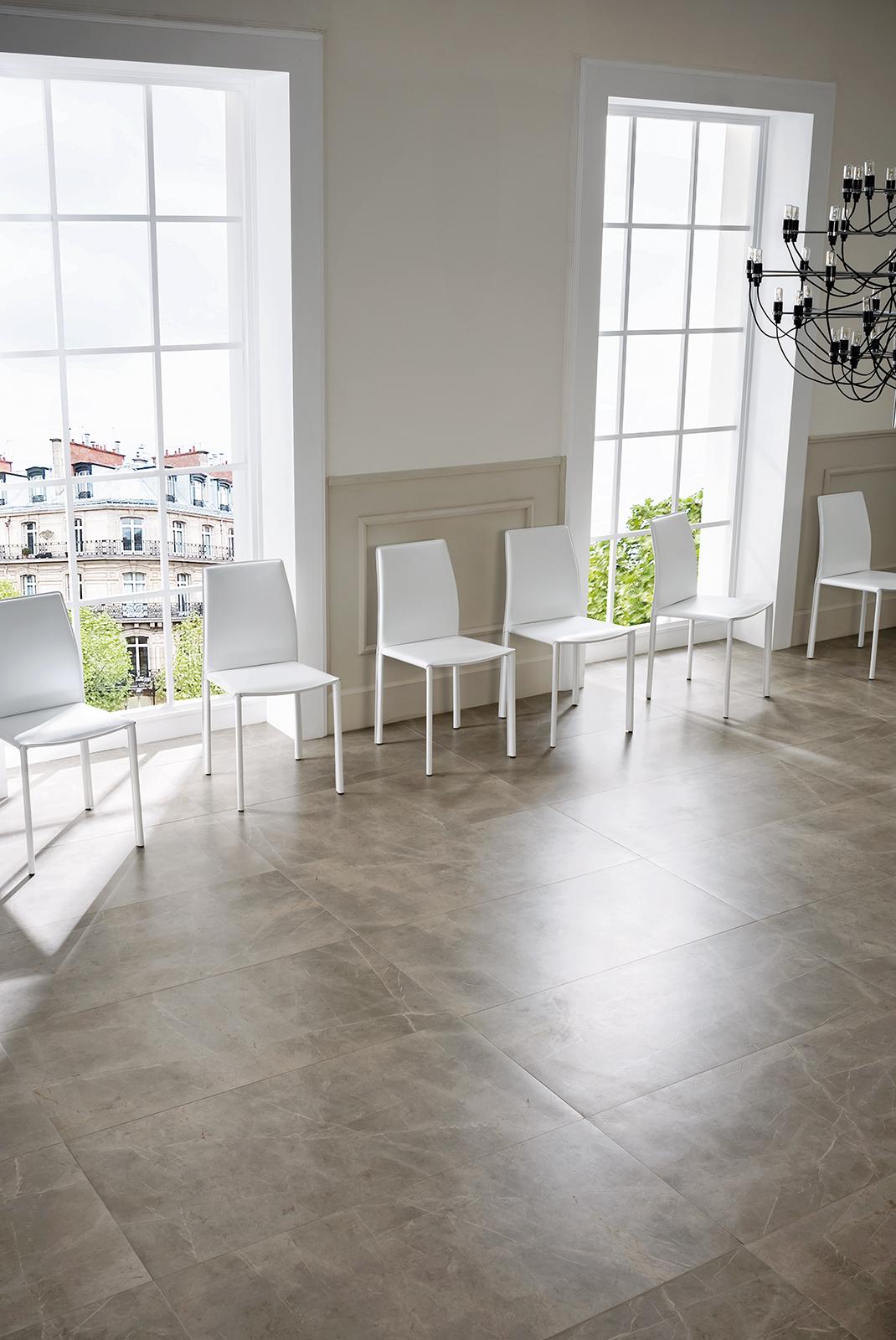 Evolutionmarble gres porcellanato effetto marmo marazzi for Piastrelle bianche lucide pavimento