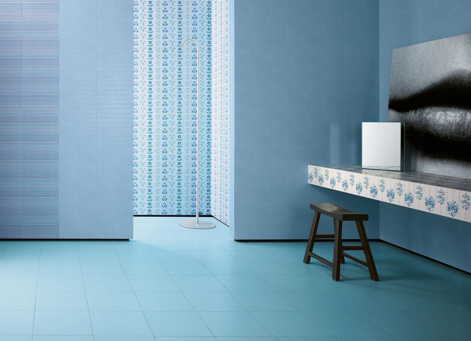 Salle de bain avec faience bleu - Faience salle de bain design ...