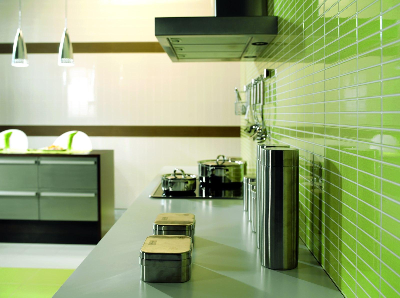 Rivestimento cucina verde il colore entra in cucina ambiente