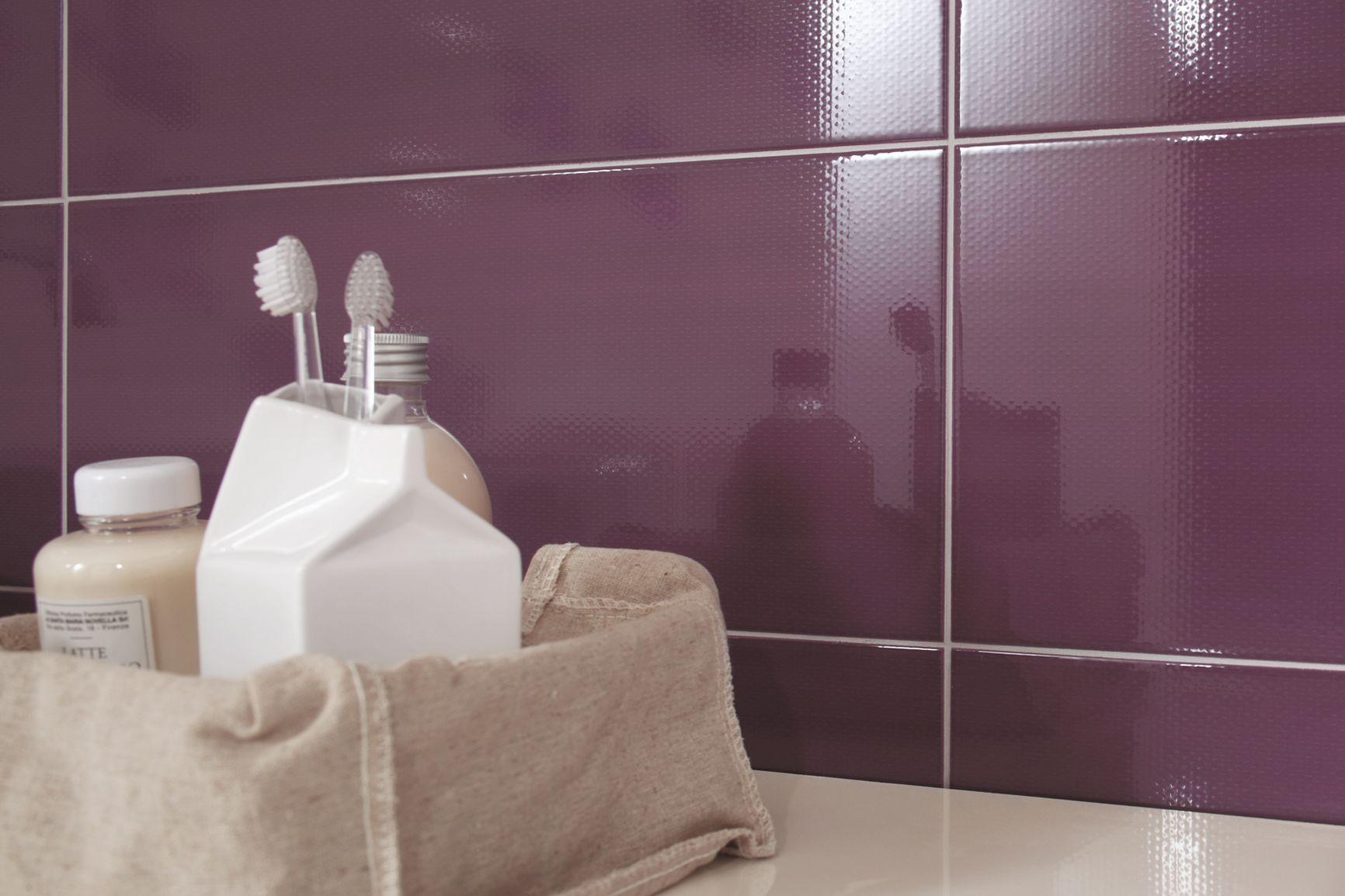 carrelage violet en gr s c rame marazzi. Black Bedroom Furniture Sets. Home Design Ideas