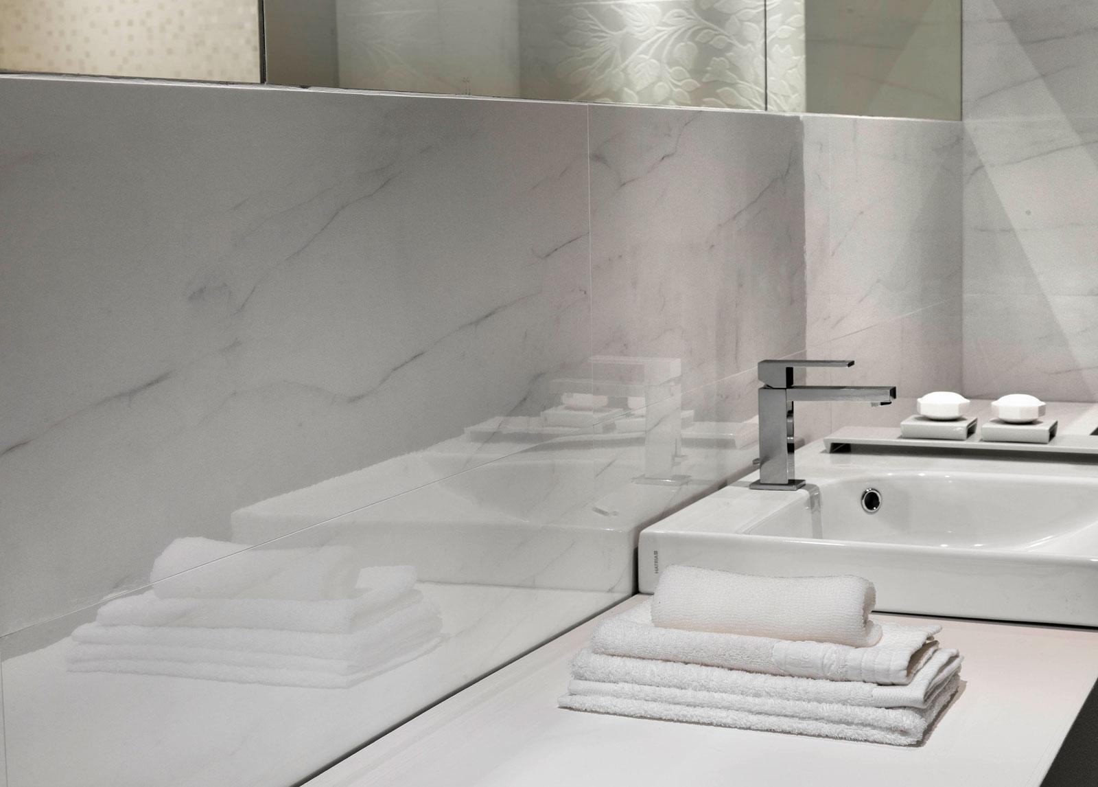 Stonevision rivestimento lucido marazzi for Casa classica porcelain tile