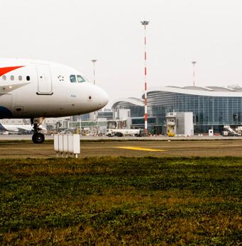 Aeroporto Internazionale Henri Coanda - gres cristallizzato